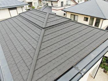 福喜 外壁塗装当社オススメのカバー工法で、重厚感ある長持ち屋根に生まれ変わり!