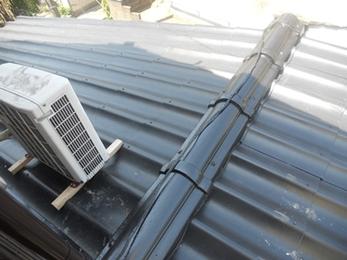 特殊な屋根材も専用屋根材のカバー工法で解決!