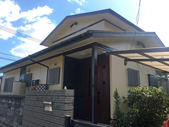 塗り替えいらずのメンテナンスフリーの屋根材を使用したカバー工法