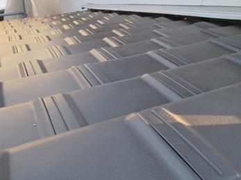 災害に強い防災瓦で安心の住まいの笠に★これからは屋根塗装が不要